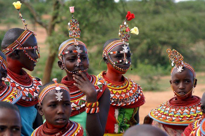 Safari e popolazioni in Kenya